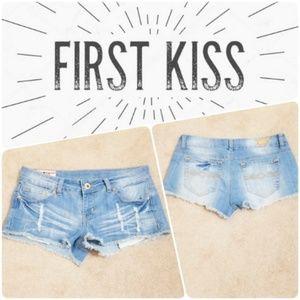 1st Kiss | Distressed Raw Hem Jean Shorts
